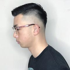 ナチュラル スキンフェード メンズヘア メンズ ヘアスタイルや髪型の写真・画像