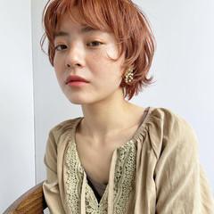 前髪あり パーマ ナチュラル ウルフカット ヘアスタイルや髪型の写真・画像