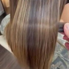3Dハイライト ナチュラル ロング ブリーチカラー ヘアスタイルや髪型の写真・画像