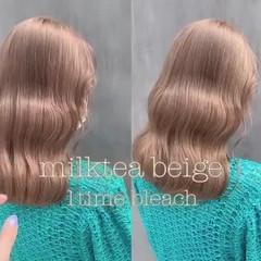 ミルクティーベージュ シアーベージュ 韓国ヘア ミルクティーグレージュ ヘアスタイルや髪型の写真・画像
