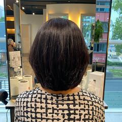 ミディアム 艶髪 大人女子 内巻き ヘアスタイルや髪型の写真・画像