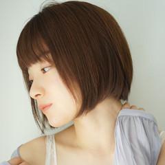 ミニボブ ヘアアレンジ ボブ 切りっぱなしボブ ヘアスタイルや髪型の写真・画像