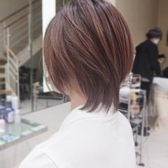 ショートヘア コントラストハイライト ナチュラル ウルフカット ヘアスタイルや髪型の写真・画像