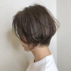 ハンサムショート 小顔ショート ショートヘア ナチュラル ヘアスタイルや髪型の写真・画像