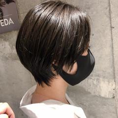 ショート ダークカラー ハンサムショート コンサバ ヘアスタイルや髪型の写真・画像