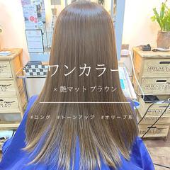 マットグレージュ 艶髪 ロング ハイトーンカラー ヘアスタイルや髪型の写真・画像