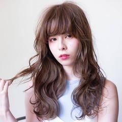 ヘアアレンジ ハイライト イルミナカラー ウェーブ ヘアスタイルや髪型の写真・画像