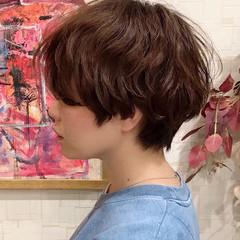 刈り上げ女子 ナチュラル ショート かっこいい ヘアスタイルや髪型の写真・画像