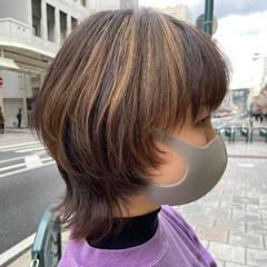 インナーカラー ナチュラルウルフ ウルフカット ニュアンスウルフ ヘアスタイルや髪型の写真・画像