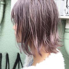 ラベンダーピンク ピンクパープル 切りっぱなしボブ ストリート ヘアスタイルや髪型の写真・画像