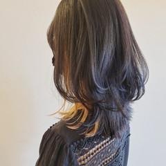ヘアカット ナチュラル ウルフカット レイヤーカット ヘアスタイルや髪型の写真・画像