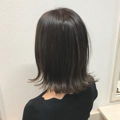 透明感カラー 切りっぱなしボブ ナチュラル 外ハネボブ ヘアスタイルや髪型の写真・画像