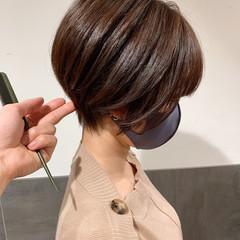 ハンサムショート 丸みショート ナチュラル ショート ヘアスタイルや髪型の写真・画像