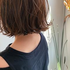 ベージュ ミニボブ 切りっぱなしボブ ボブ ヘアスタイルや髪型の写真・画像