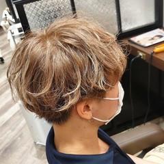 ブリーチカラー 透明感カラー メンズスタイル ガーリー ヘアスタイルや髪型の写真・画像