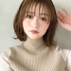 デジタルパーマ 大人かわいい アッシュベージュ アンニュイほつれヘア ヘアスタイルや髪型の写真・画像