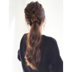 ロング 簡単ヘアアレンジ ポニーテールアレンジ ナチュラル ヘアスタイルや髪型の写真・画像