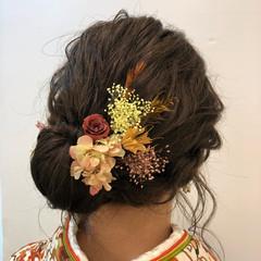 アッシュベージュ ヘアアレンジ ロング 卒業式 ヘアスタイルや髪型の写真・画像