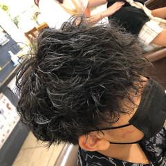 ボーイッシュ メンズ メンズパーマ メンズカット ヘアスタイルや髪型の写真・画像