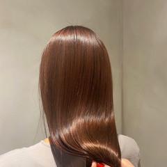 ツヤツヤ 髪質改善 髪質改善トリートメント ナチュラル ヘアスタイルや髪型の写真・画像