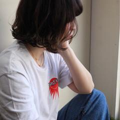 アウトドア アンニュイほつれヘア スポーツ ボブ ヘアスタイルや髪型の写真・画像