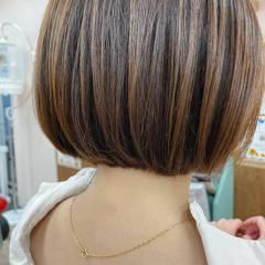 フェミニン ボブ 切りっぱなしボブ ミニボブ ヘアスタイルや髪型の写真・画像