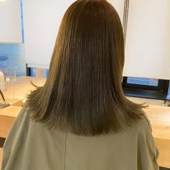 ミディアム ナチュラル ベージュ ミントアッシュ ヘアスタイルや髪型の写真・画像