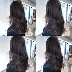 ロング グレージュ コンサバ 透け感 ヘアスタイルや髪型の写真・画像
