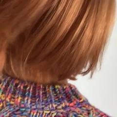 オレンジ 切りっぱなしボブ 派手髪 オレンジカラー ヘアスタイルや髪型の写真・画像