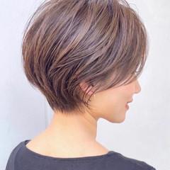 ショートボブ ショート フェミニン ミニボブ ヘアスタイルや髪型の写真・画像