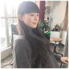 セミロング 韓国ヘア グレージュ アンニュイほつれヘア ヘアスタイルや髪型の写真・画像
