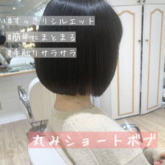 切りっぱなしボブ ショートヘア ボブ ショートボブ ヘアスタイルや髪型の写真・画像
