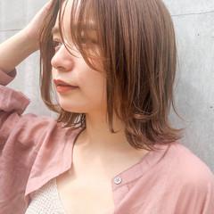簡単ヘアアレンジ ナチュラル ウルフカット ミディアム ヘアスタイルや髪型の写真・画像