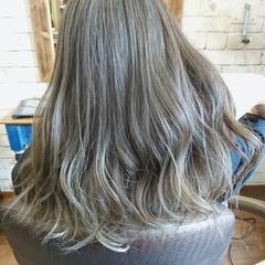 ショートヘア ナチュラル 切りっぱなしボブ ショートボブ ヘアスタイルや髪型の写真・画像