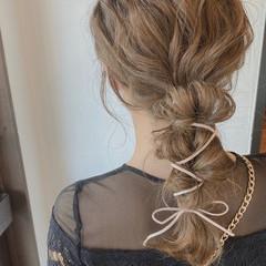 フェミニン ヘアアレンジ 結婚式ヘアアレンジ ふわふわヘアアレンジ ヘアスタイルや髪型の写真・画像