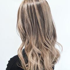 バレイヤージュ ブリーチ モード セミロング ヘアスタイルや髪型の写真・画像