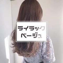ロング ミルクティーベージュ ヌーディベージュ ミルクティーアッシュ ヘアスタイルや髪型の写真・画像
