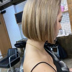 ストリート ベージュ アッシュベージュ ショートボブ ヘアスタイルや髪型の写真・画像