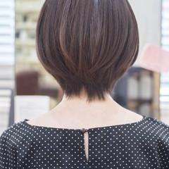 マッシュショート ショートカット ナチュラル ショートボブ ヘアスタイルや髪型の写真・画像