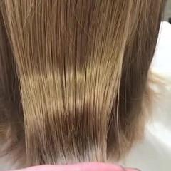 ゆるふわ ウェーブ 艶髪 ミルクティーベージュ ヘアスタイルや髪型の写真・画像