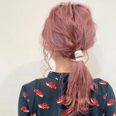 紐アレンジ ロング セルフヘアアレンジ ナチュラル ヘアスタイルや髪型の写真・画像