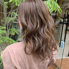 ベージュ ミルクティーベージュ ミルクティー ロング ヘアスタイルや髪型の写真・画像