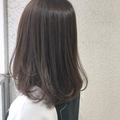 暗髪 アッシュ ミディアム 透明感 ヘアスタイルや髪型の写真・画像
