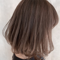 透明感カラー ナチュラル ショートボブ グレージュ ヘアスタイルや髪型の写真・画像