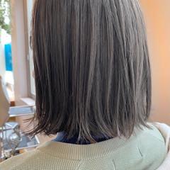 グレージュ 切りっぱなしボブ 透明感カラー ナチュラル ヘアスタイルや髪型の写真・画像