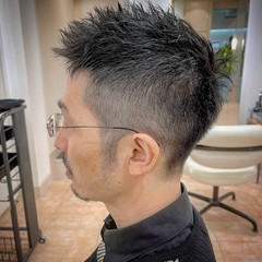 ツーブロック メンズ メンズカット ストリート ヘアスタイルや髪型の写真・画像