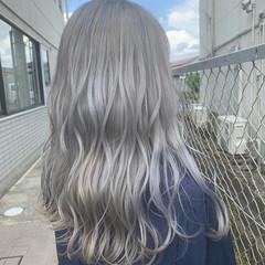 ホワイトカラー ホワイトブリーチ モード ハイトーンカラー ヘアスタイルや髪型の写真・画像
