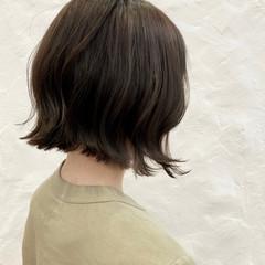 切りっぱなしボブ ナチュラル 大人ハイライト ハイライト ヘアスタイルや髪型の写真・画像