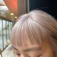 ストリート ショート アッシュベージュ ショートヘア ヘアスタイルや髪型の写真・画像