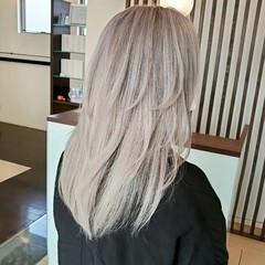 ハイトーンカラー ブリーチオンカラー エレガント ブリーチ ヘアスタイルや髪型の写真・画像